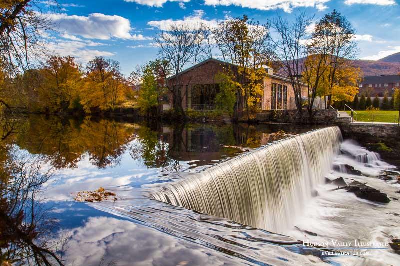 The Falls Restaurant Hudson Ny
